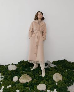 #coat #woolblendcoat #midicoat #vintage #winterstyle #classiccoat #outerwear #women'souterwear #casualouterwear #womenscoat #coatonthesmellcomplete #wintercoat #casualstyle #outfits #streetstyle #fashionstyle #designertrenchcoat #lichibrand #spring2021 Wrap Coat, Branded Shirts, Wrap Blouse, Online Fashion Stores, Different Patterns, Dress Brands, Latest Fashion Trends, Designer, Winter Fashion
