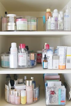 How to organize your skincare collection using divided lazy susans from The Home Edit Container Store collection. Bathroom Makeup Storage, Makeup Storage Drawers, Storage Bins, Bathroom Organization, Storage Solutions, Storage Ideas, Storage Hacks, Craft Storage, Medicine Cabinet Organization