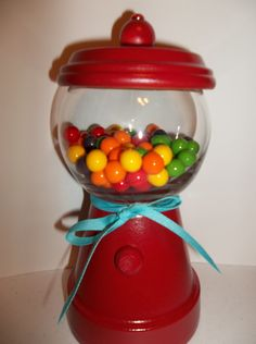 Clay Pot Gumball Machine Candy Dish by MissPhiesBowtique on Etsy, $15.00 Candy Bowl, Candy Jars, Candy Dishes, Clay Pot Crafts, Diy Clay, Bubble Gum Machine, Gumball Machine, Terracotta Pots, Clay Pots
