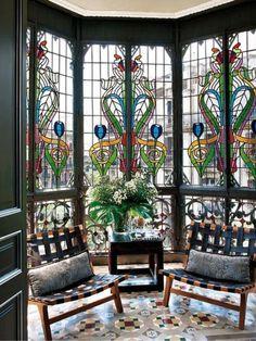 Art Deco and Art Nouveau! — stainedglassforever: A gorgeous Art Nouveau. Leaded Glass, Stained Glass Art, Stained Glass Windows, Window Glass, Arte Art Deco, Interior Exterior, Diy Interior, Design Case, Windows And Doors
