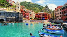 Vernazza Italy City Sea Beach Boats Houses People - High Definition Wallpapers - HD wallpapers