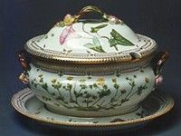 Tradition relates that the Flora Danica porcelain set was originally intended to be a gift from the Danish king to the Russian Tsarina Catherine II. Kingdom Of Denmark, Flora Danica, Royal Copenhagen, Dinner Sets, Porcelain Ceramics, Fine China, Afternoon Tea, Danish, Tea Cups