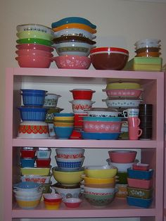 Pyrex. So colourful.  I LOVE vintage PYREX...I have quite a few pieces & I can't help but buy more if I ever seen any in thrift stores!