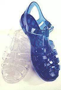 When I was young back in my home country I had this kind of footwear. I miss this footwear and that time 😩 1980s Childhood, My Childhood Memories, Sweet Memories, Moda Fashion, 80s Fashion, Retro Vintage, Jelly Shoes, Gladiator Sandals, Old School