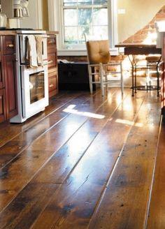 wide plank wood floor