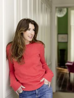 StyleNest chat to mum of four, businesswomen, wife of Jamie Oliver, author and designer Jools Oliver. Jools Oliver, Jamie Oliver, Oliver Twist, Flannel Outfits, Celebs, Celebrities, Girl Crushes, Business Women, Style Guides