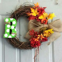 Polka dot and lime green!! So fun. Love the fall wreaths with bug burlap bows.