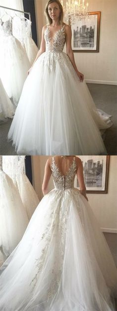 Chic dreamy wedding gown with perfect special appliqués