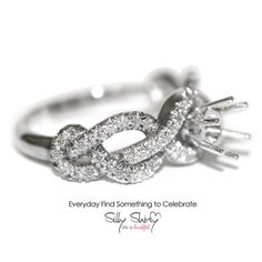 Semi Mounting, Infinity knot engagment ring -  Infinity Knot Diamond Engagement Ring 14K  0.48ct