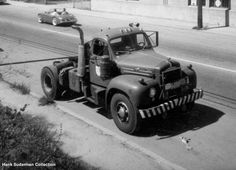 http://www.hankstruckpictures.com/pix/trucks/bc_trucks/older_pix/cpms_mack_nelson.jpg