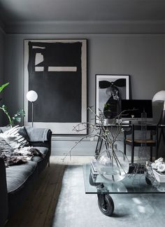 Grey Interior Design & Inspiration to Make the Most of Your Space Swedish Interiors, Dark Interiors, Grey Interior Design, Interior Design Inspiration, Monochrome Interior, Stylish Interior, Inspiration Boards, Home Living Room, Living Room Decor