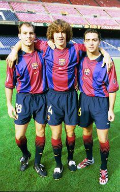 Grandes amigos. Carles Puyol acompañado de Gabri y Xavi en el año 2000. Actualmente Xavi sigue a su lado en el primer equipo compartiendo br...