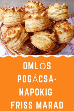 Napokig friss marad! #pogácsa #sós Hungarian Recipes, No Bake Desserts, Soul Food, Baked Goods, Ham, Food To Make, Paleo, Goodies, Food And Drink