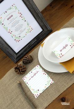 Thanksgiving Table Printables | printalbe thanksgiving menu, and placecards all free on TodaysCreativeLife.com