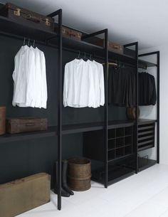 Faire un dressing pas cher soi-même facilement Wardrobe Storage, Wardrobe Closet, Closet Bedroom, Closet Space, Closet Storage, Wardrobe Ideas, Storage Shelving, Storage Ideas, Bedroom Decor