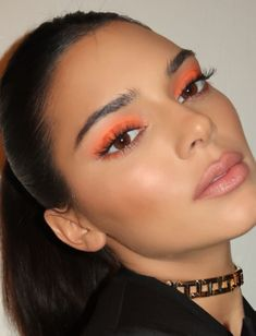 32 Gorgeous Makeup Ideas With Bright Eyeshadow That You Should Try! – Page 2 of … 32 Gorgeous Makeup Ideas With Bright Eyeshadow That You Should Try! – Page 2 of 32 – GetbestIdea Kendall Jenner Make Up, Kylie Jenner Makeup Look, Looks Kylie Jenner, Kendall Jenner Eyebrows, Kendall Jenner Nails, Glam Makeup, Cute Makeup, Hair Makeup, Fancy Makeup