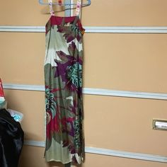 A common thread tribal maxi small Originally $343 Sz small brand is a common thread thanks but no category for it here Young Fabulous & Broke Dresses Maxi