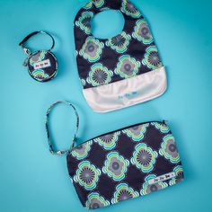 It is #freebiefriday over at Ju-Ju-Be Int'l! Fall in LOVE with the newest print Moonbeam!
