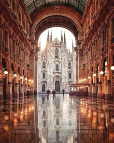 Milan is one of the most popular cities in Italy. Find out the best things to do, places to see and where to eat if you're only visiting Milan for one day. Places Around The World, Oh The Places You'll Go, Places To Travel, Places To Visit, Travel Destinations, Travel Deals, Italy Vacation, Vacation Spots, Wonders Of The World