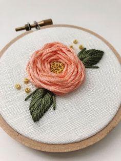 Aprende cómo bordar hermosas rosas en puntada telaraña ~ lodijoella