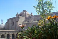 claustros de la compañia Arequipa