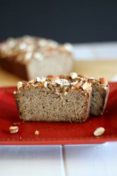 Almond flour and coconut flour Banana Bread from Bakerita.com | A delicious recipe that's gluten-free, refined sugar free, and paleo.