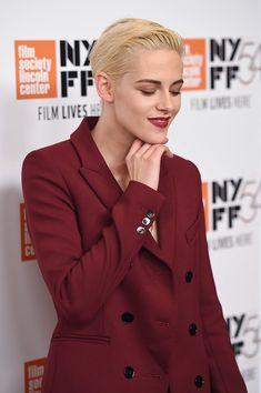 """Kristen Stewart Photos Photos - Actress Kristen Stewart attends the """"Certain Women"""" premiere during the 54th New York Film Festival at Alice Tully Hall, Lincoln Center on October 3, 2016 in New York City. - 54th New York Film Festival - """"Certain Women"""" Premiere"""