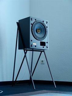 Audiophile Speakers, Speaker Amplifier, Diy Speakers, Bookshelf Speakers, Speaker Stands, Hifi Audio, Built In Speakers, Wireless Speakers, Fi Car Audio
