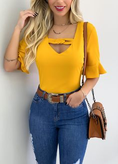 Casual Dresses, Casual Outfits, Cute Fashion, Womens Fashion, Christian Clothing, Unique Outfits, Blouse Styles, Ideias Fashion, Skinny Jeans