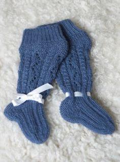 Tekstiiliteollisuus - teetee Alpakka Knitting For Kids, Baby Knitting Patterns, Knitting Socks, Knit Socks, Knitting Ideas, Baby Kids, Baby Boy, Mittens, Free Pattern