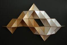 T.Shelf: Modulares Faltregal für urbane Individualisten