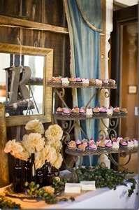 Cupcake holder idea for shabby chic wedding