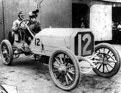 Locomobile 1905 Race Car. The Locomobile Company of America was an automobile manufacturer founded in 1899. For the first two years it was located in Watertown, Massachusetts, but production was transferred to Bridgeport, Connecticut, during 1900, where it remained until the company's demise in 1929. The company manufactured affordable, small steam cars until 1903, then production switched entirely to internal combustion-powered luxury automobiles.