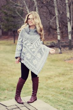 I don't think this 12 yr old is preg. But thats a cute style for winter maternity