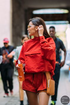 Bella Hadid by STYLEDUMONDE Street Style Fashion Photography20180621_48A4338