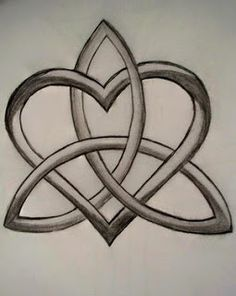 eternity HEART knot tattoo designs | Celtic Heart Tattoo Designs, My Favourite Celtic Heart Tattoo Designs ...