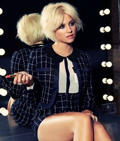 Pixie Lott center part bob--interesting….