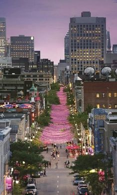 Beautiful Montreal, Quebec as night falls!) I need to revisit. Took train from Quebec. Oh The Places You'll Go, Places To Travel, Places To Visit, Vancouver, Rue Sainte Catherine Montreal, Catherine Street, Province Du Canada, Beautiful World, Beautiful Places