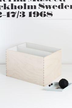 DIY: mini magazine holder