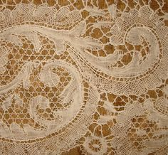 19th century Le Puy bobbin lace sample Bobbin Lace Patterns, Lace Making, Antique Lace, 3, 19th Century, Beading, Textiles, French, Knitting