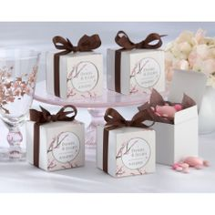 Each Of The 5 Sugared Almonds Contained In All Wedding Favours Have A Meaning And Symbolise Health Wealth Hiness Long L Favor Ideas