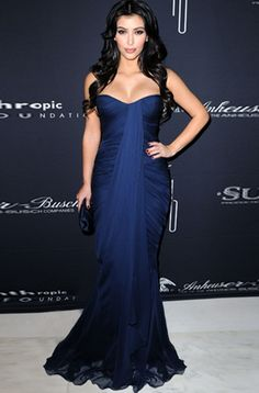 a96fe1c63 Kim Kardashian in Zuhair Murad at the Russell Simmons Rush Philanthropic  Arts Foundation in Miami, March 2009