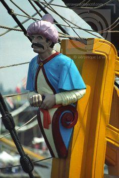 Photos de figures de proue - A travers l'objectif Prout, Legend Of The Seas, Ship Mast, Ship Figurehead, Sculpture, Tall Ships, Magical Creatures, Gods And Goddesses, Woodcarving