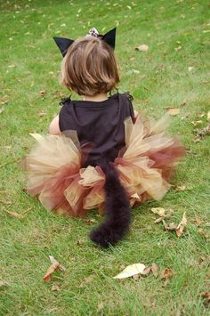 kids cat costume...wasn't this what you were looking for Ryleigh? @Allissa Hunt Hunt Davis