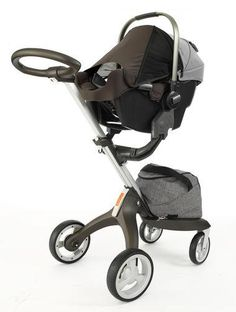 Nuna PIPA Infant Car Seat with Stokke Xplory stroller base – Perfect for city living and taxis, as the car seat can be installed with a vehicle's seat belt-no base needed, and stroller chassis folded & put in the trunk.