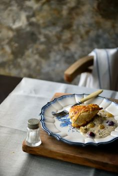 Chicken with grapes, honey and garlic