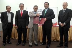 Serdang, 27 June - Universiti Putra Malaysia (UPM) and Agrobank have signed a memorandum of understanding (MoU) in collaboration to create e...
