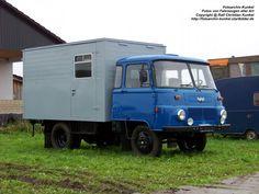 Robur LO 3000 Kofferfahrzeug - VEB Robur-Werke Zittau, IFA, DDR - fotografiert zum 6. Tatra-Treffen Seehausen asm 10.09.2011 - Copyright @ Ralf Christian Kunkel