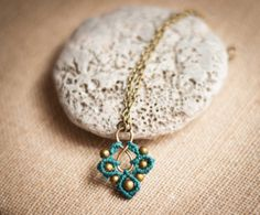 Clover MicroMacrame Necklace by OuiClementine on Etsy, €18.00