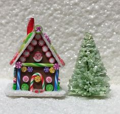 Dollhouse Miniature Fabulous Gingerbread by EmilyFarmerMiniBears